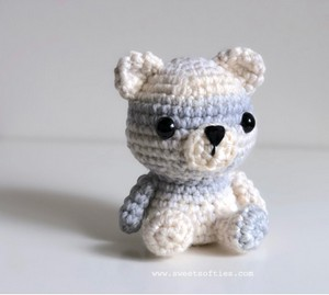 Peyton the Polar Bear Amigurumi Teddy Crochet Free Pattern