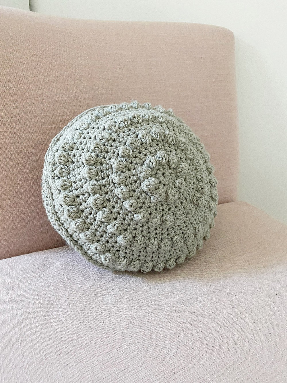 Free Crochet Bobble Pillow Pattern