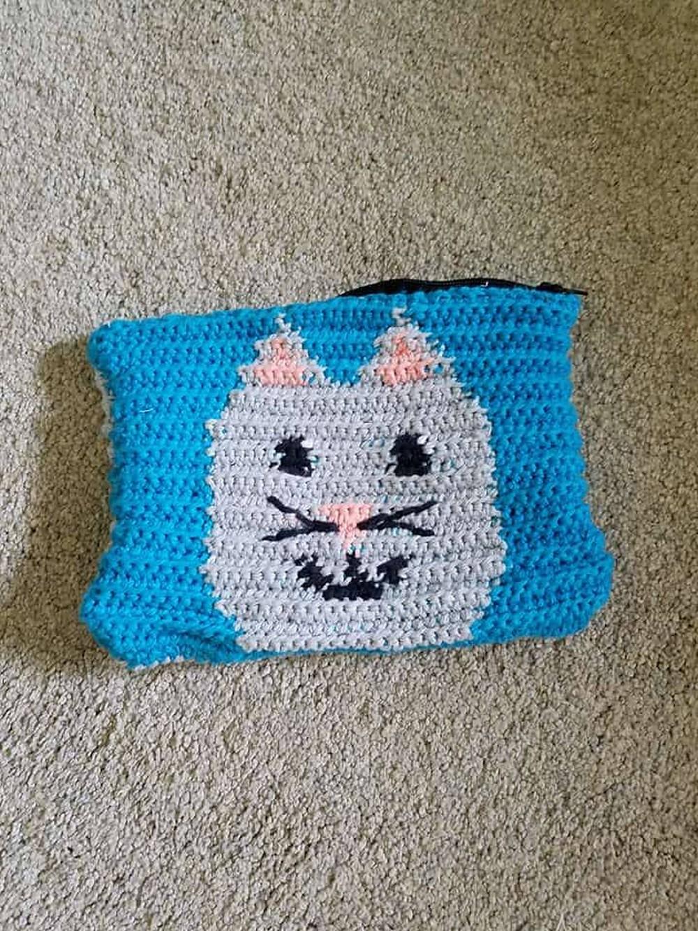 Free Crochet Cat Zipper Pouch