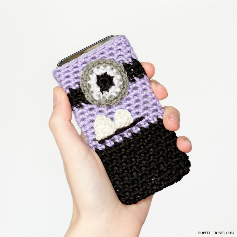 Free Crochet Evil Minion Inspired Phone Case