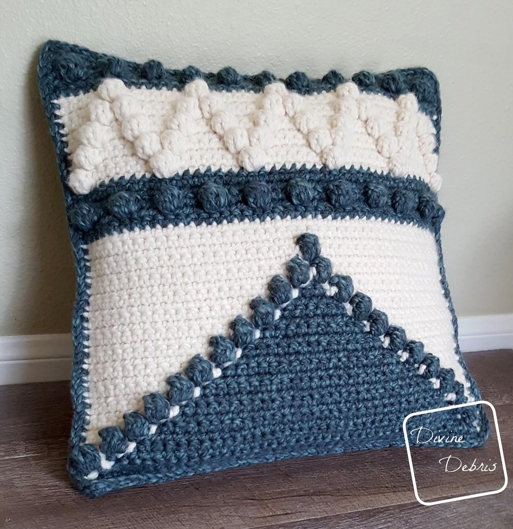Free Crochet Pretty Bobble Pillow Pattern