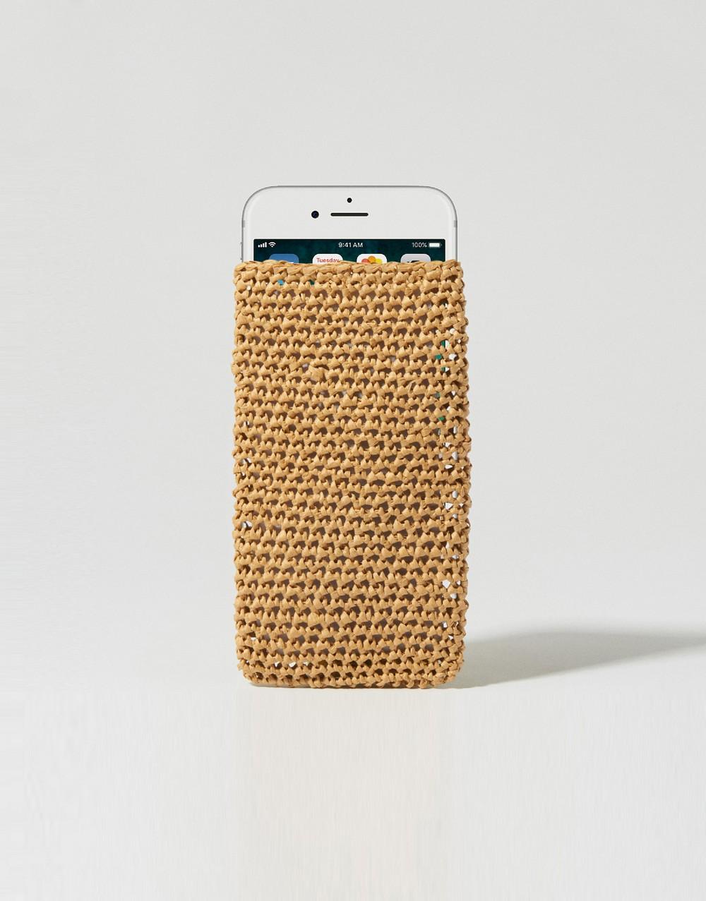 Free Crochet Speechless Phone Case