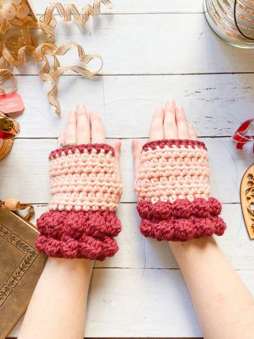 Bobble Fingerless Gloves Crochet Pattern