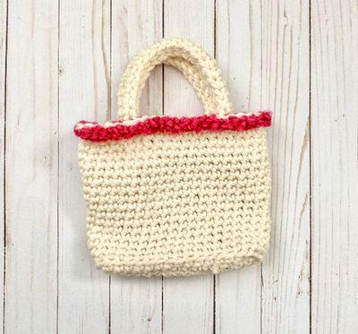 Bonny Basket Bag Crochet Pattern