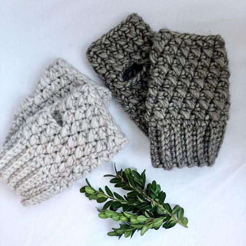 Crossed Stitch Fingerless Gloves Crochet Pattern