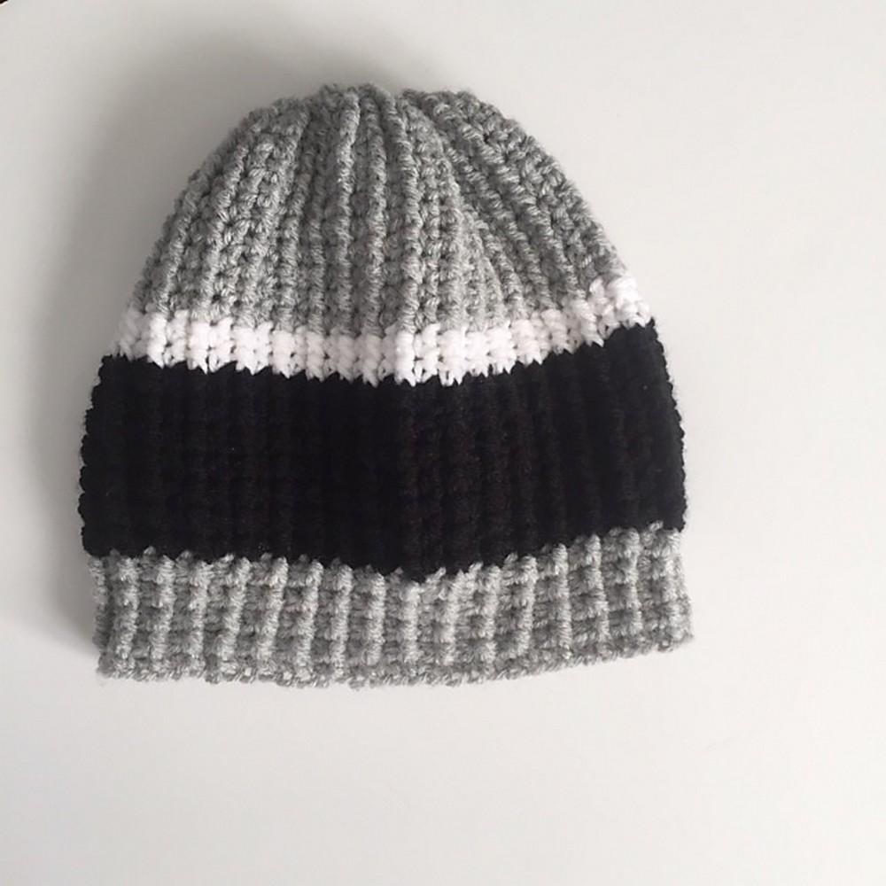 Free Crochet Men's Slouch Ridged Beanie
