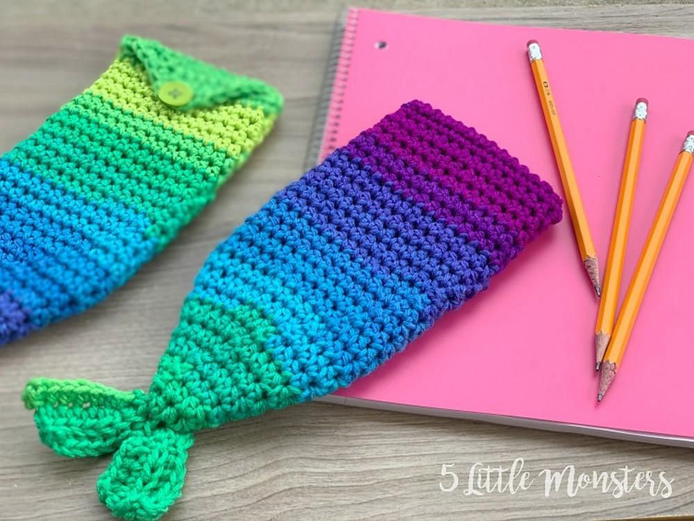 Free Crochet Mermaid Tail Pencil Pouch Pattern