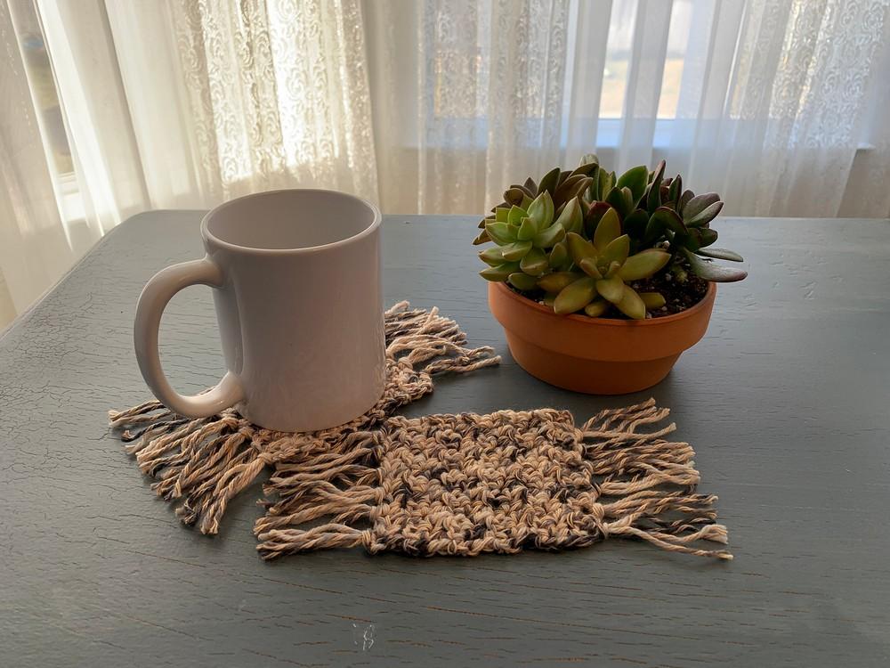 Free Crochet Rumpelstiltskin Mug Rug Coaster