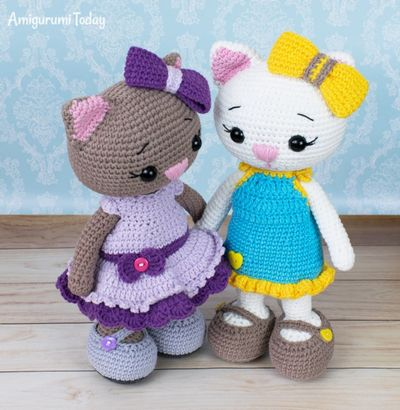 Crocheted Dolls Clothes In Sundress Pattern