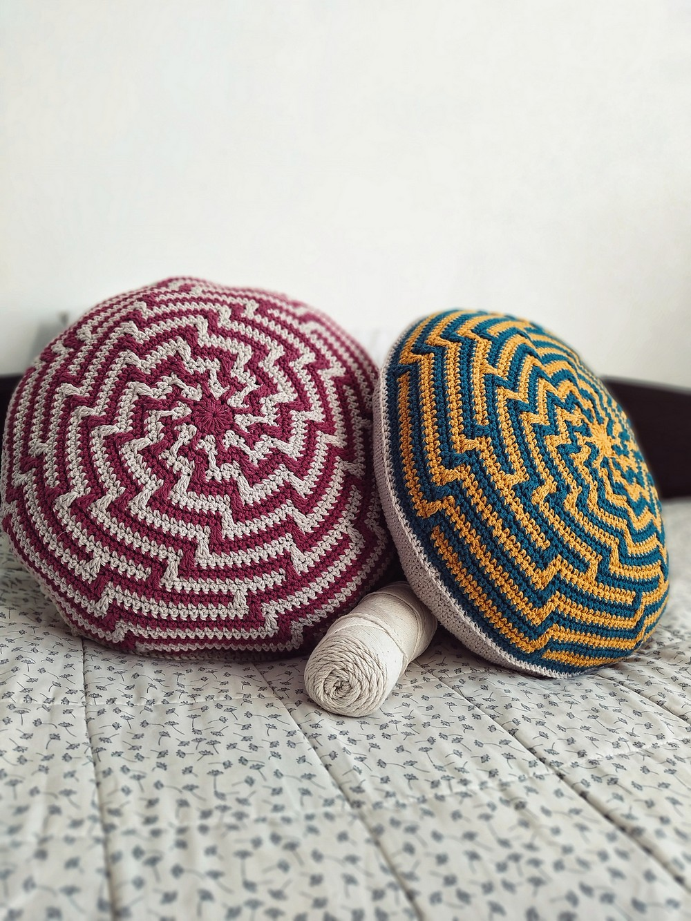 Free Crochet Alquimia Cushion Pattern
