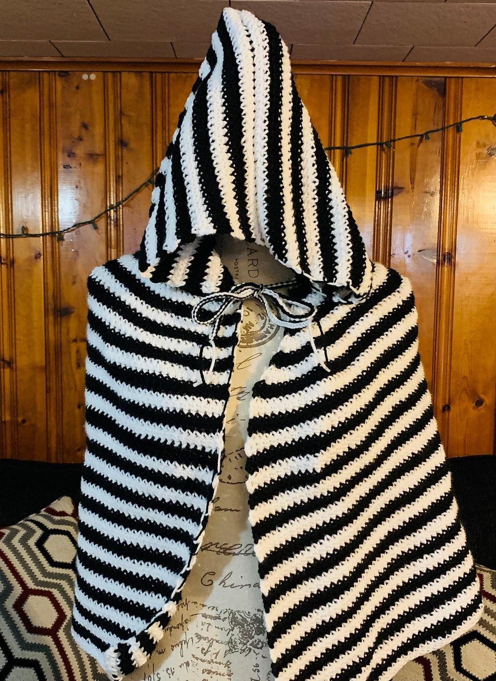 Free Crochet Black And White Cape Pattern