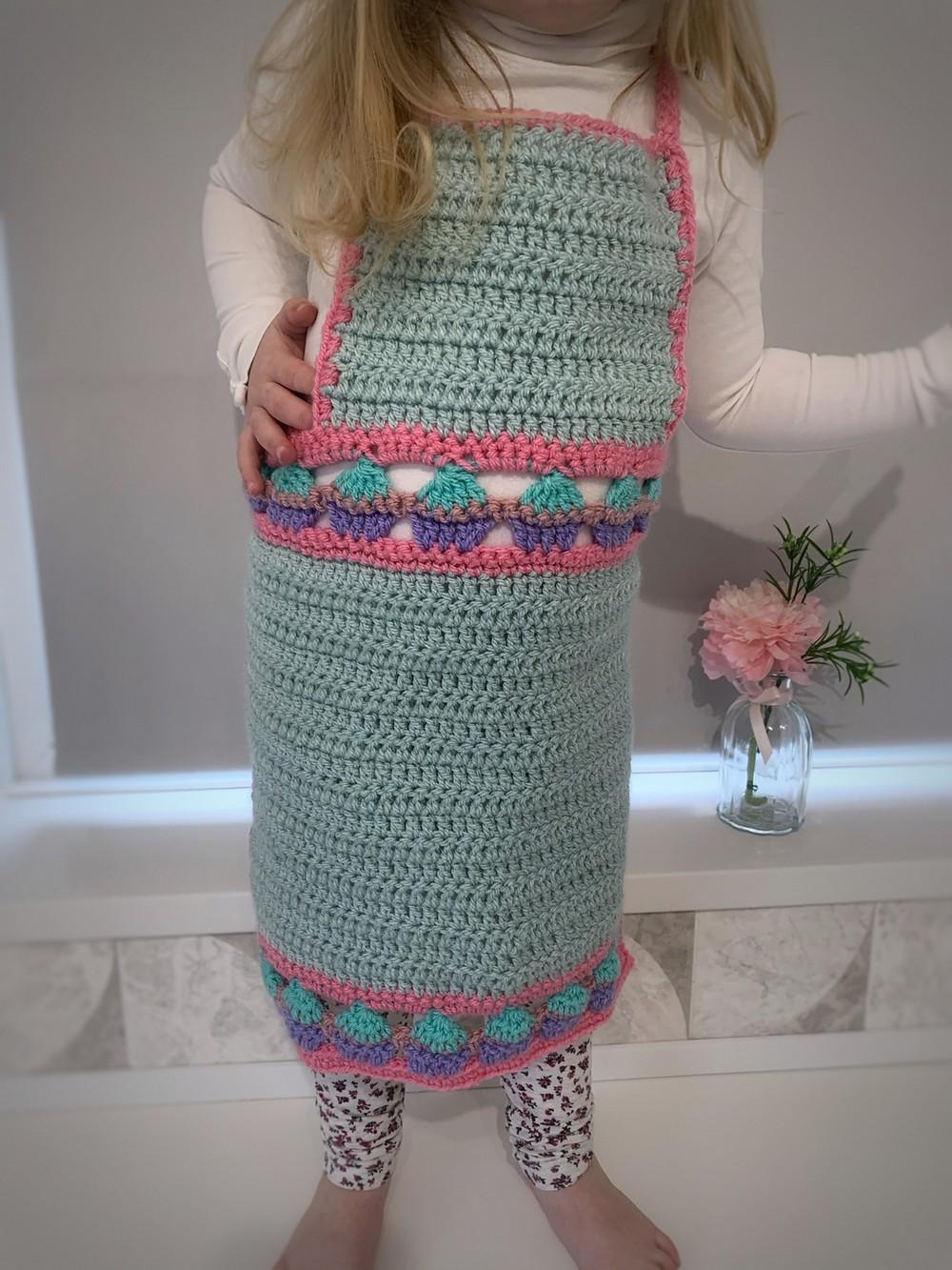 Free Crochet Cupcake Kids Apron Pattern