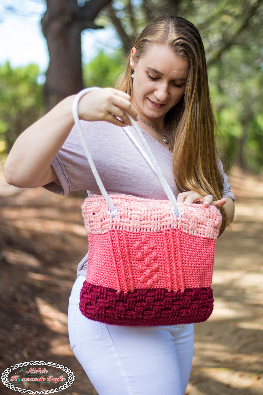 Free Crochet Bobble Basketweave Bag Pattern