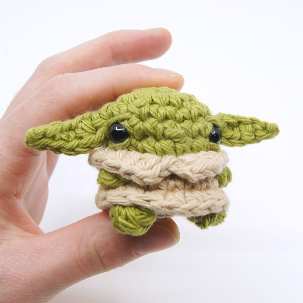 Free Crochet Mini Baby Yoda Amigurumi Pattern
