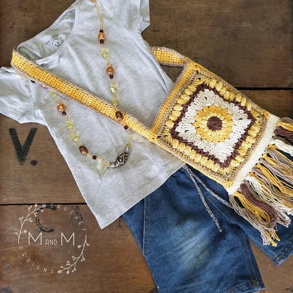 Free Crochet Boho Sunflower Bag Pattern