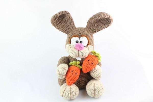 Free Crochet Bunny Rabbit Amigurumi Pattern