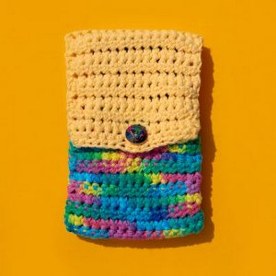 Free Crochet Foldover Phone Case Pattern