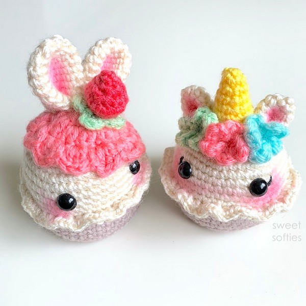 Free Crochet Unicorn Floral Cupcake Pattern