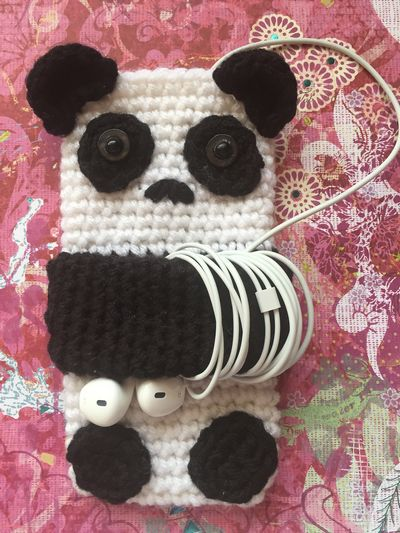 Free Cute Panda Cell Crochet Phone Case Pattern