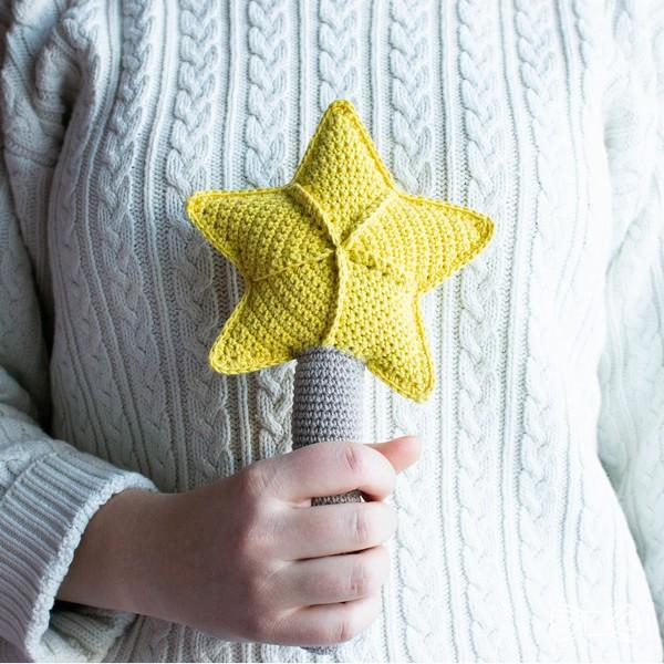 Lusse Star Rattle Crochet Pattern